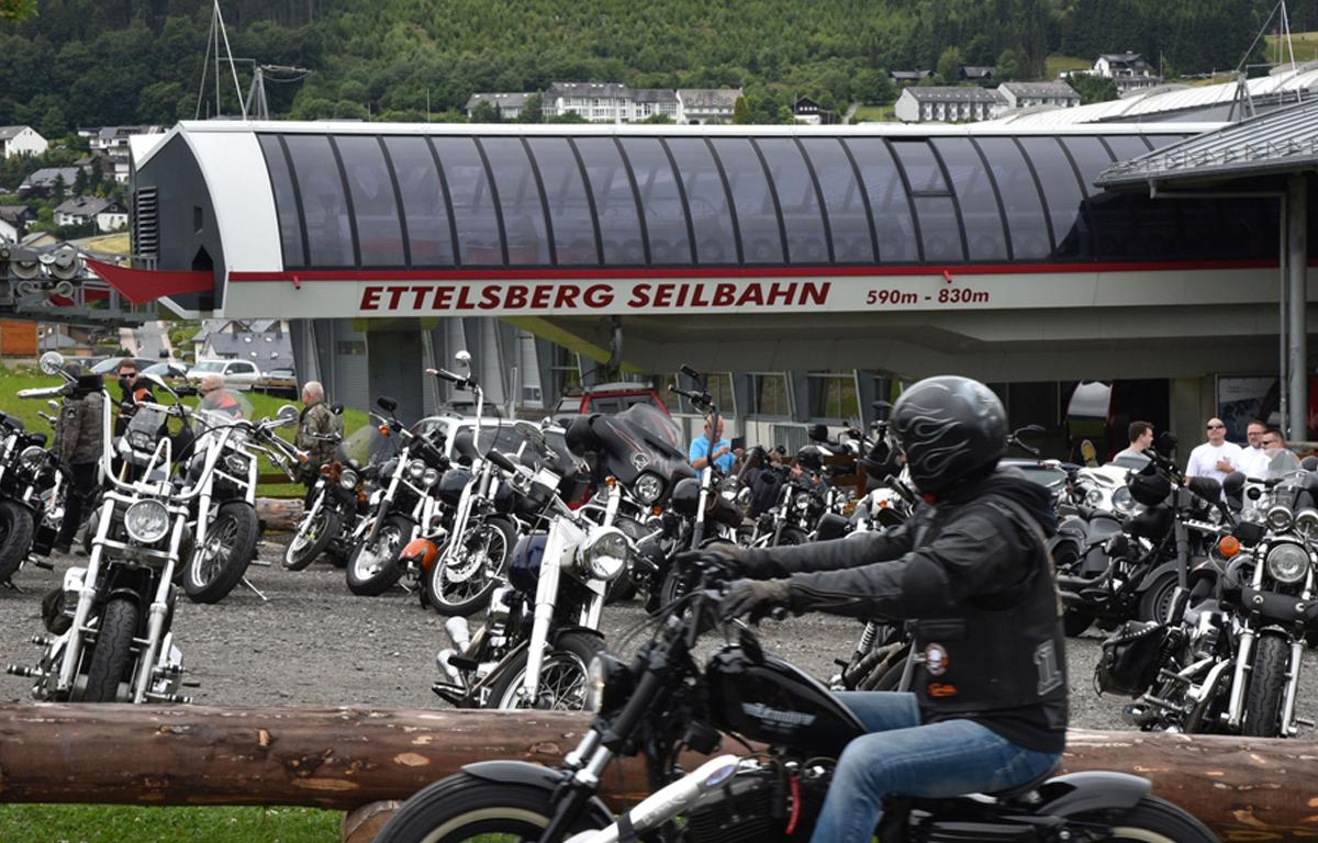 Motorrad fahren in Willingen